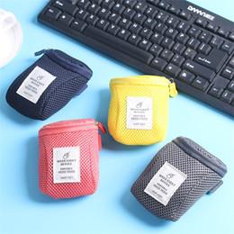 cas système Promotion Accessoires pour souris Sacs de rangement antichoc Anti-chute numérique Sac Smart Cover Câble USB Earphonen Bag System Kit Cas 3gf hh
