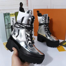 Wholesale womens genuine leather combat boots - Silver High Platform Military Boots Feminino Fall Combat Boot Lace up Womens Leather Size 41