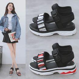 sandalias casuales de las señoras nuevo estilo Rebajas Sandalias gruesas de las mujeres Nuevo 2018 Summer Style Casual Wedges Sandals Ladies Open Toe Plataforma Sandalias Zapatos Mujeres 3681