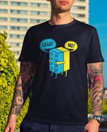 a10ddf72f mens toy s Sconti Mens Lego Hug T-Shirt - Divertente regalo Tee Novità Joke