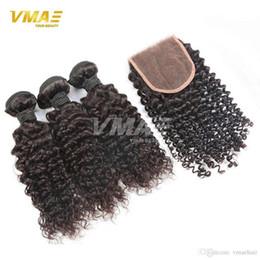 Brezilyalı Sapıkça Kıvırcık Saç Uzantıları 3 adet Kinky Kıvırcık Demetleri Dantel 4 * 4 Sapıkça Kıvırcık Kapatma Ile VMAE Saç Ürünleri nereden kinky kıvırcık saç 3pcs tedarikçiler