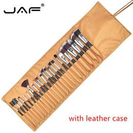 Capelli tontoni online-Spazzole per trucco JAF 24 pezzi Pennello per trucco Premiuim Set di pennelli per trucco professionale di alta qualità Soft Taklon con borsa