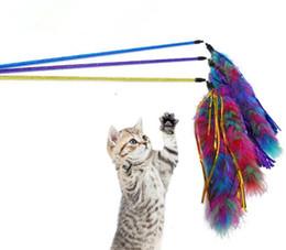 Heiße stangen spielzeug online-Haustier-Katze, die Spielwaren Bell-Feder spielt, baumeln Kätzchen Rod Toy Interactive Lustig heißer Verkauf 04