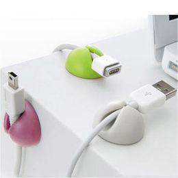 Enrolador de cabo on-line-5 Pcs Conjunto de Mesa Sólida Fio Clipe Organizador Acessórios de Escritório Suprimentos Bobina Winder Wrap Cabo Cabo Gerente para Linhas de Teclado USB