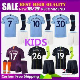 Kun aguero niños camiseta online-kits para niños 2018 2018 Manchester City MAHREZ KUN AGUERO DZEKO camiseta de fútbol 18 19 KOMPANY TOURE YAYA DE BRUYNE Sane Silva camiseta para niños