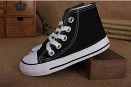 Nuevos zapatos de lona clásicos para niños, niñas, niños, zapatillas de deporte, 2018, moda, zapatos para correr, de bebé, de color sólido, zapatos deportivos para niños desde fabricantes
