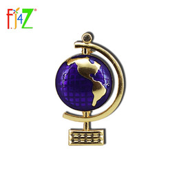 Wholesale Cool Brooches - F.J4Z New Hot Enamel Alloy Globe Costume Brooch For Women Trending High Quality Cool Party Brooch
