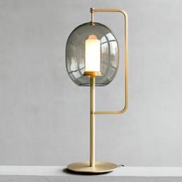 Modern cam masa lambası yatak odası başucu masa lambaları İskandinav dekoratif masa lambaları işık fikstür nereden