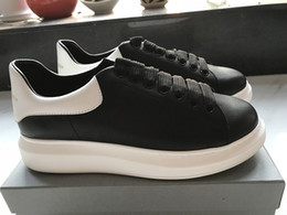 Wholesale mens casual shoes genuine leather - Black White Platform Classic Casual Shoes Casual Sports Skateboarding Shoes Mens Womens Sneakers Velvet Heelback Dress Shoe Sports Tennis