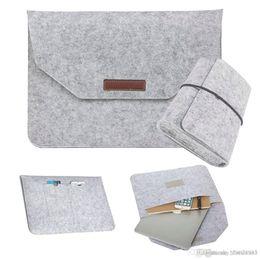 Poignées pour ordinateur portable en Ligne-Nouveau Slim Hot Fashion Soft Wool Felt Sleeve Sac Flip Handle Laptop Anti-scratch Case pour Macbook