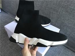 Meia de chocolate on-line-Mens Sock Sapato Trainer Velocidade Sapatos De Corrida Com caixa Sneakers Sapatos Casuais Paris Meias Corredores Corredores preto Sapatos Botas Casuais Calçados Esportivos