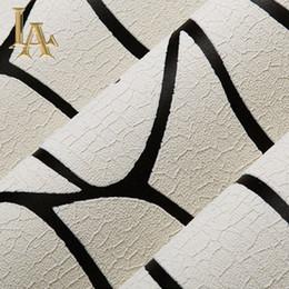 carta da parati rosa nera del fiore Sconti Carta da parati a strisce bianca e nera geometrica moderna affollata spessa di alta qualità per le pareti Camera da letto Rotoli di carta del salone della camera da letto
