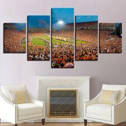 2019 campo de fútbol Lienzo Wall Art Pictures Home Decor For Living Room 5 Piezas Juegos de deportes de campo de fútbol Pintura HD Poster Poster Framework campo de fútbol baratos