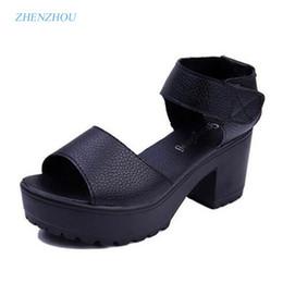 Sapatos de plataforma de sandálias brancas grossas on-line-O envio gratuito de venda QUENTE 2017 das mulheres de verão de salto alto sapatos de salto grosso plataforma de dedo do pé aberto sandálias plataforma sandálias branco