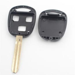 2019 prado aufkleber XIEAILI 50 Teile / los Für Ersatz Fall 3 Taste Remote Key Fob Shell Für Toyota Camry / Reiz / Prado / Yaris / Avensis Mit Aufkleber G22 rabatt prado aufkleber