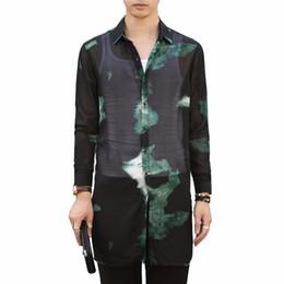 Camisas sueltas transparentes online-Moda 2018 Otoño Nuevos Hombres Camisa Casual Manga Larga Estampada suelta Largas Camisas Sociales Vestido Transparente Streetwear Camisa Hombres 3XL-M