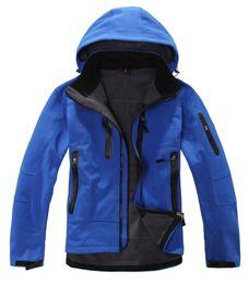 Wholesale male waterproof outdoor jacket - 2018 NEW Softshell Jacket Men Brand Waterproof Rain Coat Outdoor Hiking Clothing Male Windproof Soft Shell Fleece Jackets