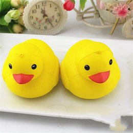 Wholesale Duck Chains - Squishy Amusing Model Pu Pliability Squeeze Simulation Yellow Duck Squishies Decompression Toy Jumbo Key Chain Charms Relieve Stress 8 2ca Z