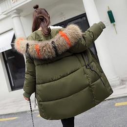 Chaquetas formales para mujer online-Luxury Down Jacket Cotton Womens Long Section Versión coreana de la gran chaqueta de invierno acolchada suelta acolchada de algodón de gran cuello de las mujeres