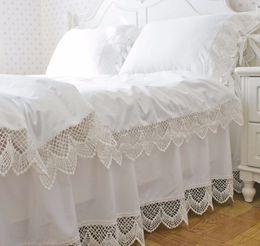 Корейские наборы для постельных принадлежностей онлайн-Korean satin white lace bedding duvet cover set twin full queen king size solid color princess ruffle bed skirt free shipping