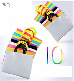 Argentina 4 tamaños Grandes bolsas de embalaje de plástico Tiendas de ropa Ropa Bolsas de regalo con asas Suministros de fiesta de cumpleaños para bodas Bolsa de almacenamiento cheap wedding shoes shops Suministro