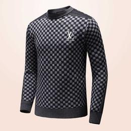 Estilos de pescoço suéter para homens on-line-2018 novas blusas dos homens em geral letra bordado estilo manga longa pescoço confortável tecido liso
