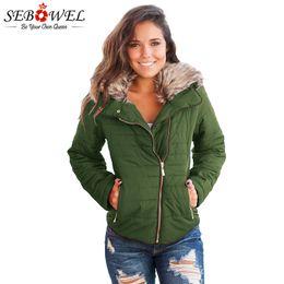 Plus größe faux pelz kleidung online-SEBOWEL Herbst Winter Frauen Armee Grün Faux Pelz Jacke Plus Größe Dünne Weibliche Kurze Warme Samt Mantel Outwear Frauen Winter Kleidung