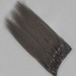 synthetisches peruanisches weben Rabatt Brasilianisches peruanisches verworrenes glattes Haar, das synthetische Bündel spinnt Günstige Remy menschliches gerades Haar bündelt Menschenhaar-Erweiterungs-natürliche Farbe