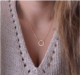 Красивые свитера цвета онлайн-Fashion Jewelry Minimalist Circle Necklaces For Women Gold-color Pendant Necklaces Beautiful Sweater Accessories Wholesale