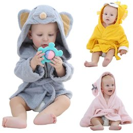 hooded cotton baby blanket 2018 - Cotton Newborn Baby Towels Kids Cartoon Animal Hooded Breathable Bath Towels Square Lot Boy Girl Blanket Winter Soft Baby