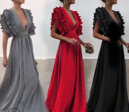 Vetement sexy femme noel en Ligne-Designer Women Clothes Sexy Volants Robe De Soirée Deep V Neck 2018 Robe De Soirée Sans Manches Rouge Bridemaid Robe De Noël Maxi