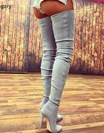 Botas altas de botas bege on-line-Bege Cinza Camurça Preta Coxa Botas de Salto Alto Runways Moda Apontou Toe Stiletto Salto Alto Mulheres Botas Plus Size Sapatos