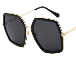1cd12e512d Women Ploarized Sunglasses Round Face Wear Fashion Elegant Handsome Cool  Female Girl Lady Beauty Black Style Vogue Fad Mode