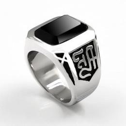 8abe5735ac56 Elegante Cuadrado Nuevo Negro Onyx Anillo de Banda de Piedra de Los Hombres  de Acero Inoxidable 316L Color Plata Moda Para Hombre Joyería de Alta  Calidad Al ...