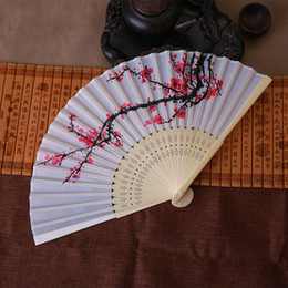 Wholesale lace hand fans wholesale - Free shipping 10pcs lot Personalized wedding date & names Plum flower design Elegant Wedding Silk Hand Fan with Organza Gift bag
