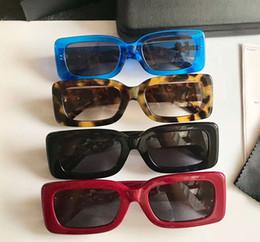 Solo occhiali da sole online-Fashion Black Grey Occhiali da sole Sonnenbrille per i tuoi occhi solo Eyewear Outdoor Summer Brand New con Box