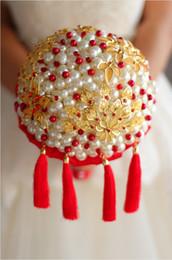 Bouquet cinese online-IFFO Nem in stile cinese bouquet da sposa con perle in cristallo sfrangiato a fiore palla high-end su misura bouquet sposa perla rosso spilla bouquet