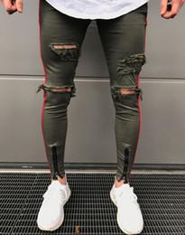 Pantalones swag para hombre online-Pantalones vaqueros pitillo nuevos Hombres Ejército Negro Cremallera Jeans ajustados Hip Hop Agujero de la rodilla Ripped Denim High-Street Swag Pantalones de talla grande para Hombres