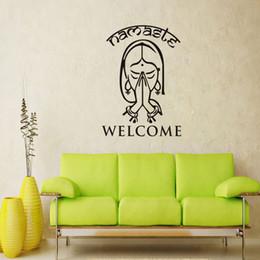 2019 decorazione parete di benvenuto Adesivo da parete rimovibile Impermeabile nella vita Home Stickers Benvenuto Namaste Vinile Arte Soggiorno Arredamento Yoga Studio Decor 9 7dc jj decorazione parete di benvenuto economici