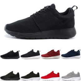 667074fef3a96 Nike Air Roshe run one Tanjun Tanjun New London Chaussures de course  olympiques pour hommes Femmes Sport London Olympic Shoes noir blanc mode  Femme Mens ...