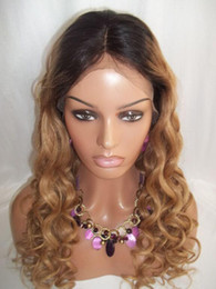 Peluca rubias online-Ombre Color Lace Front Pelucas de cabello humano Color natural T # 27 Blonde Hair Lace Wig Body Curl Brazili Virgin Hair Curl Pelucas 8 '' - 24 '' En stock