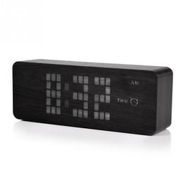 Управление яркостью во главе онлайн-LED Clock Digital Temp Date Voice Sound Control Wooden Clock Alarm USB Auto Brightness Black