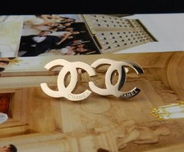Wholesale plastic black stud earrings - Factory Sell High Quality Luxury Stud diamond Rivets Earrings Fashion metal Letter earrings With Box