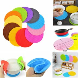 Wholesale round dining table pads - Round insulated Mats Silicone Heat Insulation Dining Pad Coaster Table Mat Pad Foldable Cellular For Tableware Coffee Cups AAA466