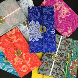 Notebook chinês on-line-Notebook pequena Joyous Coin Retro Hardcover presente chinês Cor Adulto Diário tradicional Silk Brocade Artesanato Business Notebook 16 x 9,5 cm 1pcs