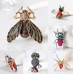 spoglie i ragni Sconti Gioielli vintage carino smalto ape scarafaggio spider spille per le donne bambini spilla insetti insetti per gioielli pin 9 stile