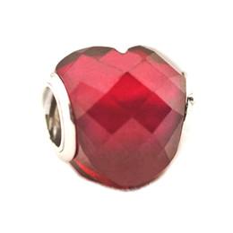 2018 Primavera New Authentic 925 Sterling Silver Bead Red Cristal Facetado Amor Corações Encantos Fit Pandora Original Pulseiras DIY Fazer Jóias de