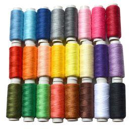 caja de tb Rebajas Caja de hilo de coser de poliéster de 24 colores Conjunto Kit de costura de bricolaje para agujas de máquina de mano TB Venta