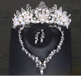 Wholesale Discount Wedding Hair Accessories - 2018 Tiara Eardrop Queen Three Colors crystal Tiara Crown Pageant Hair Accessories Bridal Headpiece Discount For Wedding Dresses Cheap