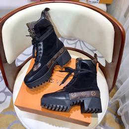2019 botas de cowboy vermelho sexy Best Branded Mulheres Laureate Couro 5 cm Plataforma Botas de Deserto Bota Ankle Boots de lazer lady Martin Botas de Tamanho EU35-42